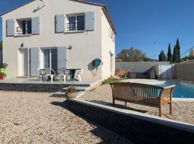 Villa de 129 m², 5 chambres, 432 m² terrain, piscine