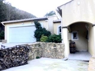 Maison de 300 m², terrain de 2250 m²