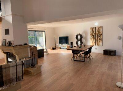 Villa de 133 m², dépendance de 25 m² et  jardin de 1200 m²